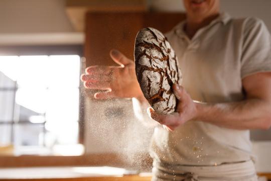 Pek bio kenyerrel